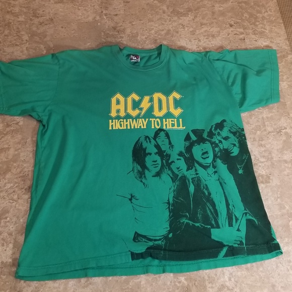 Ac⚡DC highway to hell graphic t-shirt